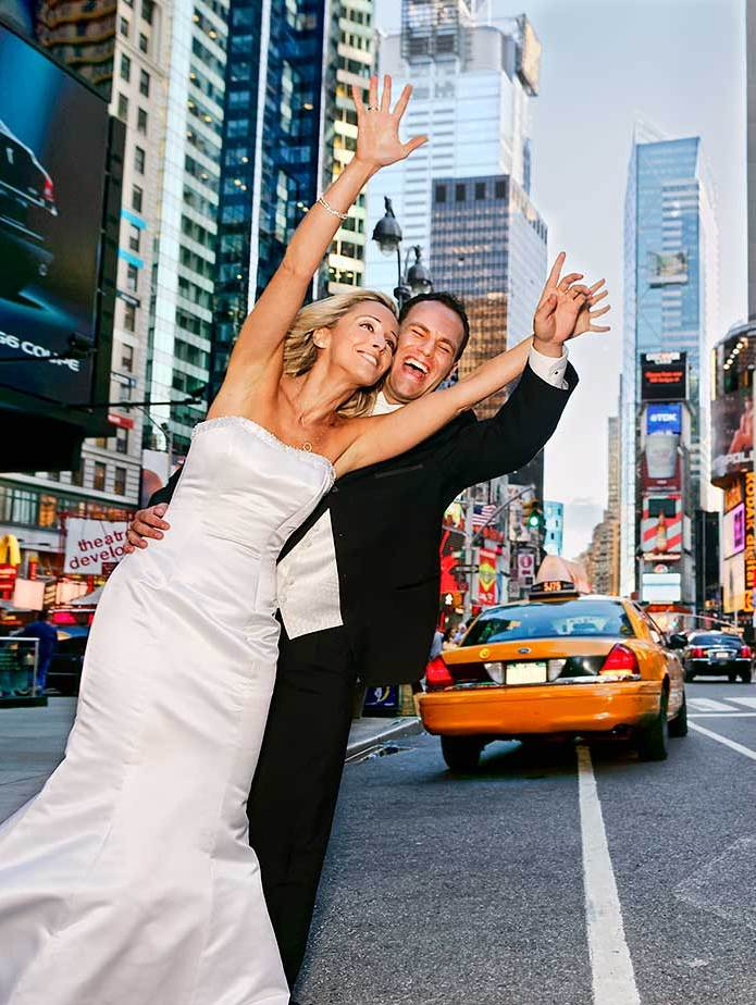 NYC wedding photographer documenting weddings on the streets of Manhattan
